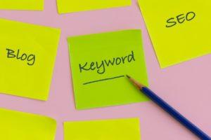 【ブログ記事制作】読まれるブログ記事にするためのキーワードの選び方&記事の書き方をご紹介!